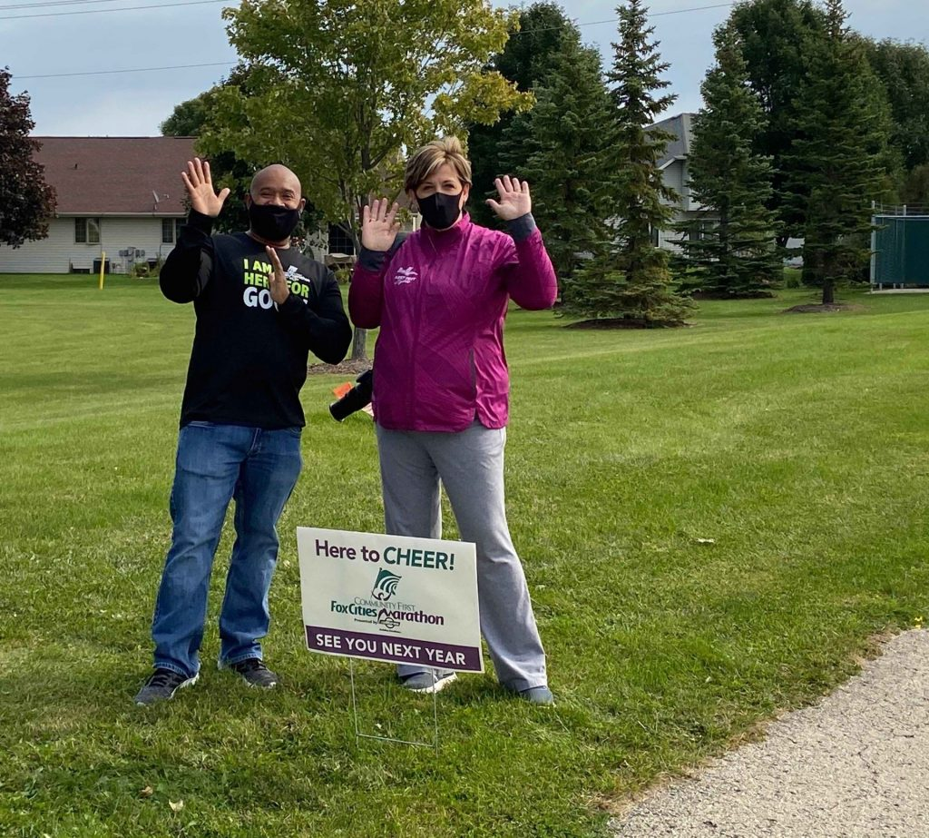 Pop-up Cheer Volunteers at the CE Trail in Kimberly